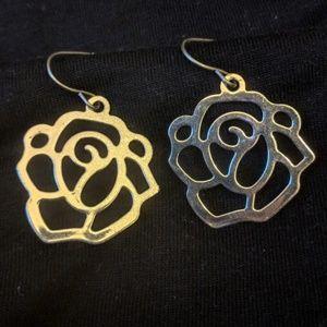 Jewelry - Silver toned rose bud earrings